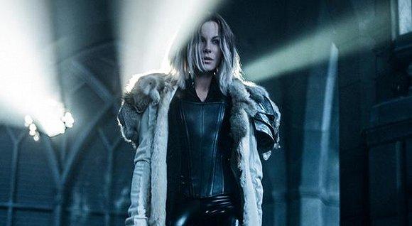 2017上映好看的好莱坞大片盘点 《黑夜传说5血战》吸血鬼大战即将上演